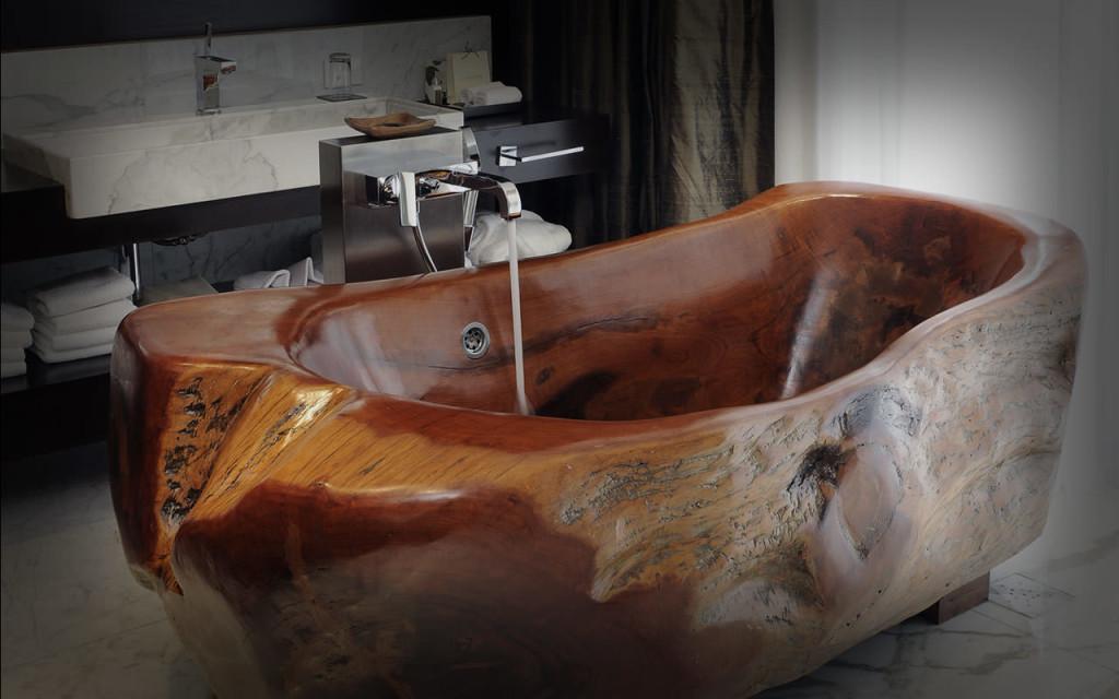 Деревянная ванна из массива