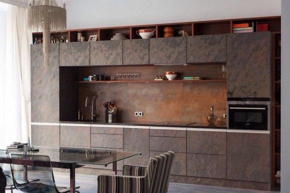 Кухонные фасады в каменном шпоне