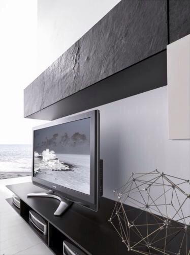 Тумба над ТВ с фасадами из гибкого сланца