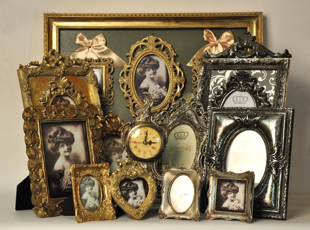 Декоративные рамки и часы в стиле винтаж