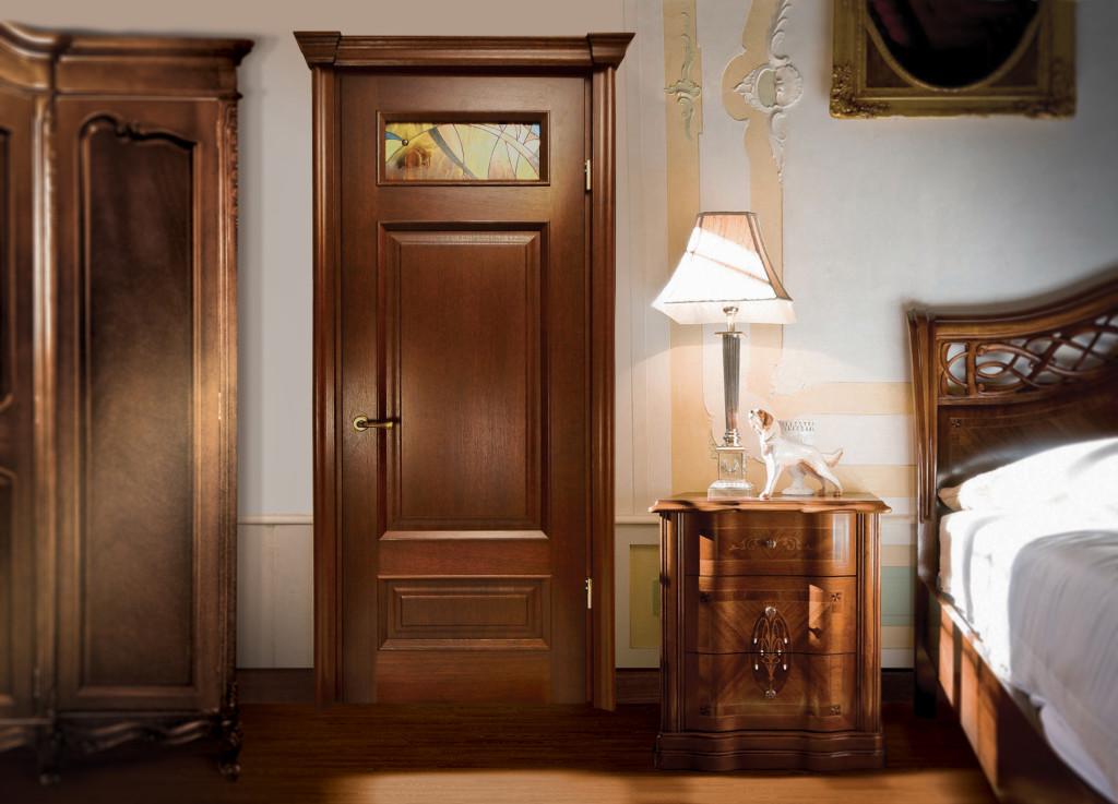 Деревянные двери в натуральном шпоне