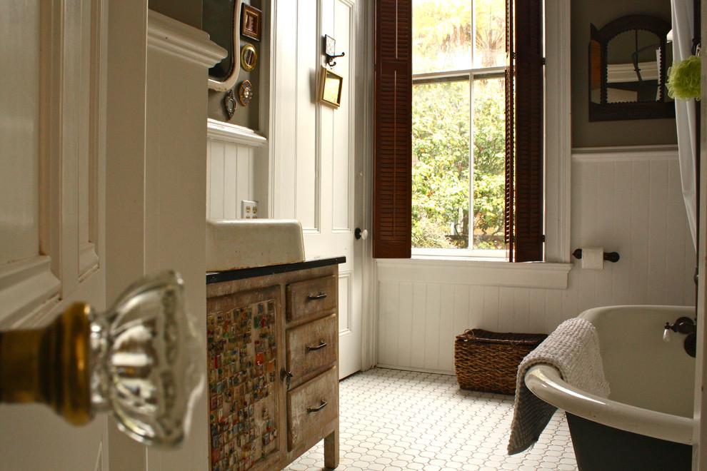 Шаттерсы в ванной